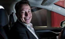 Tesla beckons with free autopilot