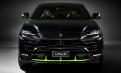 Lamborghini report: who is in crisis and who has a sales record