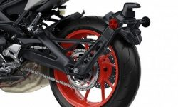Michelin patented rear wing with external drive for wheel
