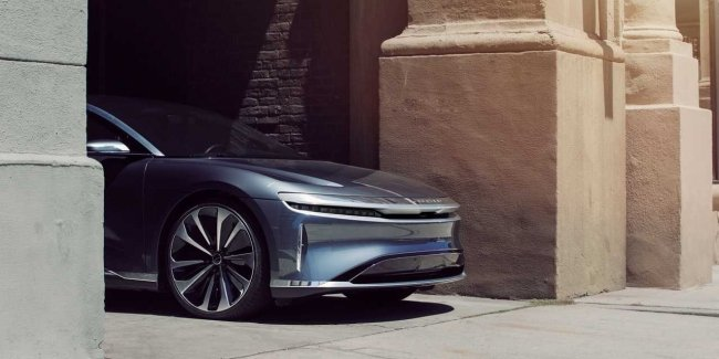 Expected… Lucid postponed the start of production, but planned a coupe and pickup