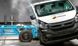 Mitsubishi Express: the most dangerous van