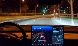 Tesla's new autopilot: video from the test