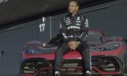 Powerful Mercedes in the hands of Lewis Hamilton (video)
