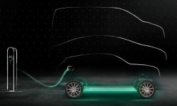 Mercedes E'S launches in August with Plug and Charge option