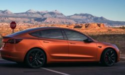 On what mileage Tesla Model 3 is less harmful to the environment than the crossover with the DVS?