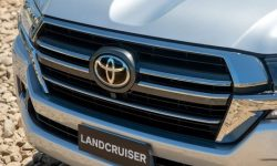 Toyota Land Cruiser 300 debut date revealed