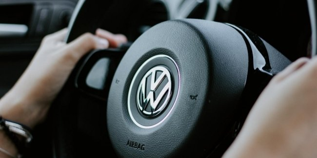 Humor problems: VW chief acquitted of Voltswagen joke