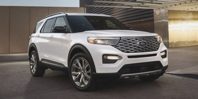 Explorer for cowboys, racers and off-road conquerors