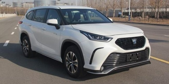 Toyota Crown will turn into Highlander, and vice versa…