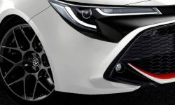 Corolla at 300 forces: Golf R will have a hard time…