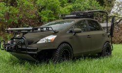 """""""Wolf in sheep's clothing"""": Toyota Prius turned into a hunting machine"""