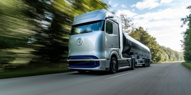 Daimler and Volvo plan to produce hydrogen fuel cell trucks in 2025