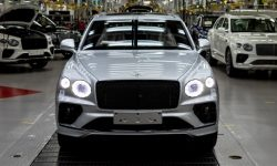 The rich need new toys: record Bentley sales
