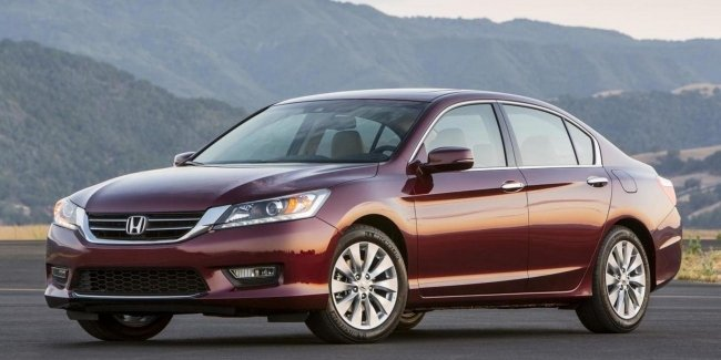 Honda Accord owners complain about 'driving anomaly'