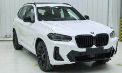 The exterior of the revamped BMW X3 revealed before the premiere