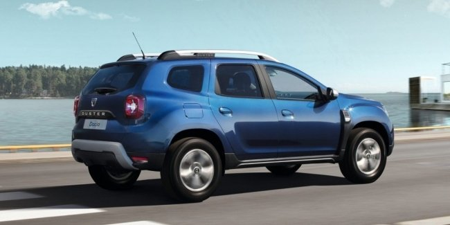 More detailed images of the updated Duster