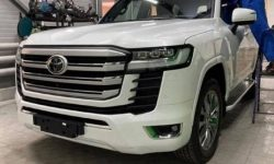 Land Cruiser 300 first flaunted on video