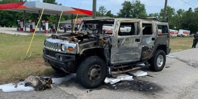 Who doesn't happen: An American stocked up on gasoline and accidentally burned a Hummer