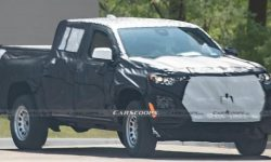 """The new Chevrolet Colorado has already flaunted """"muscles"""" in the photo"""