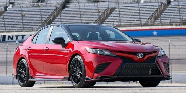 Don't like global crossoverization? Your choice is Toyota!