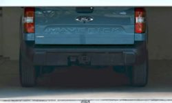 """Auto show no longer relevant: compact Ford Maverick pickup debuts in """"Tickock"""""""