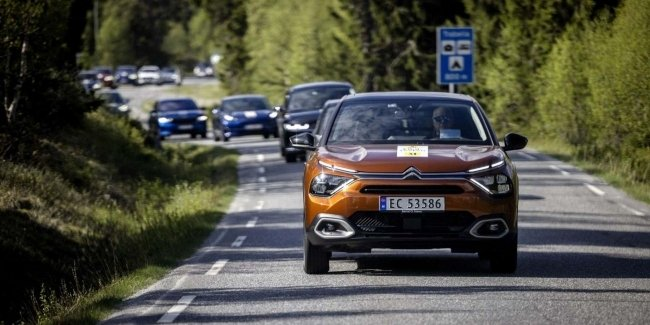 Modern electric cars travel further than they promise