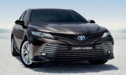 For the Parliament want to buy 21 black Toyota Camry for 18 million hryvnia