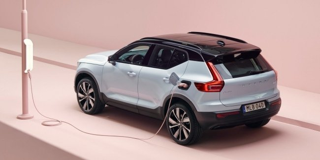 Volvo and Northvolt brands to build electric battery factory in Europe
