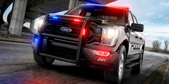 The fastest police interceptor in the U.S. was a pickup truck