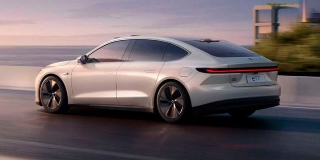 The web showed a pre-production sample of a competitor Tesla Model S
