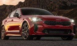 KIA Stinger receives high safety rating from IIHS