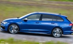 """Volkswagen prepares another """"charged"""" station wagon based on Golf"""