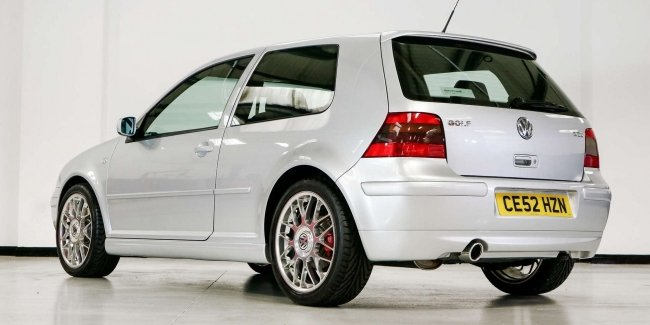 """A real """"time capsule"""": sold VW Golf GTI without mileage"""