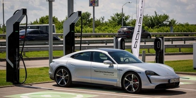 Near Kiev opened ultra-fast charging for electric cars