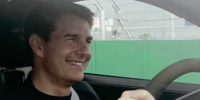Tom Cruise on the new Porsche 911 GT3 against former F1 stars (video)