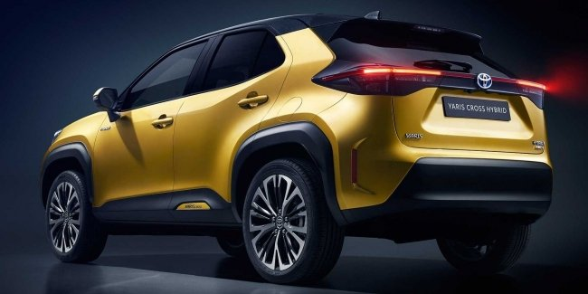 Lexus will create a crossover based on the subcompact Toyota Yaris Cross