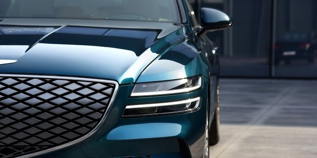 """The appearance of the Genesis GV60 """"burned"""" before the premiere"""