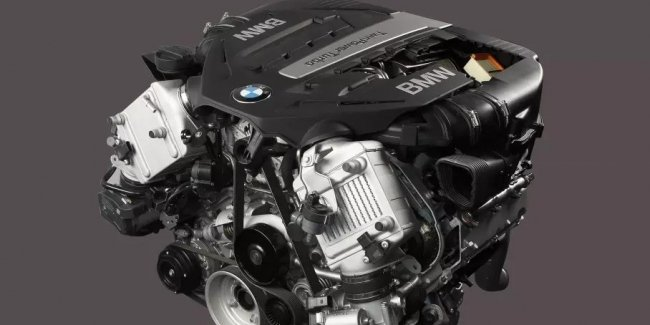 Promotion from BMW: free replacement of the V8 engine