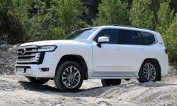 """Land Cruiser 300 and off-road: that's what """"Kruzak"""" is created for (video)"""