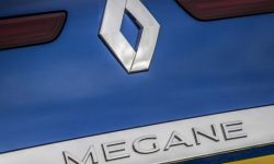 Electric crossover Renault Megane E-Tech went to the final tests