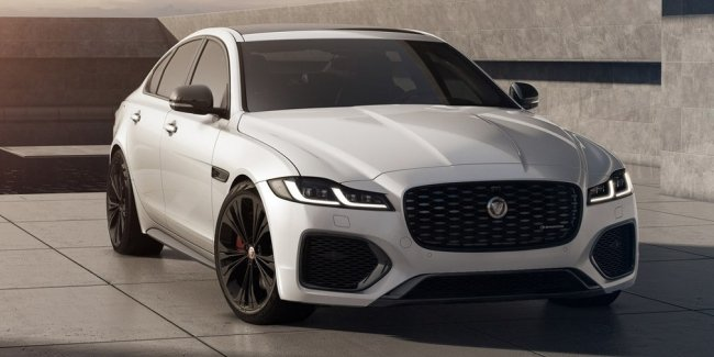 """Jaguar introduced """"black"""" versions of models XF and XE"""