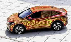 VW introduced the electric cross-coupe ID.5 GTX