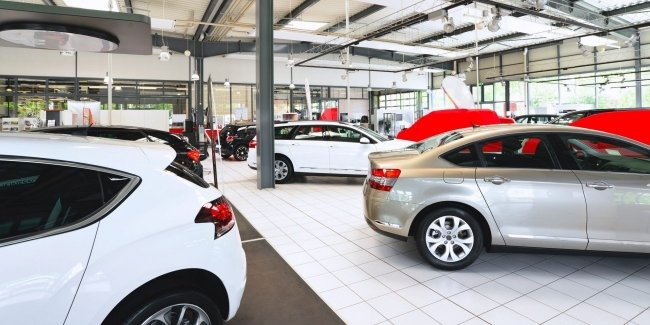 The European car market continued to fall