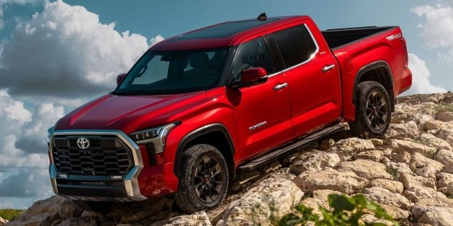 Every 15 years and Tundra is updated: Toyota introduced a new generation of pickup