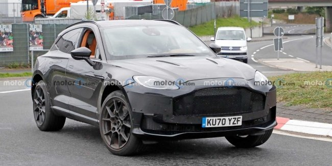 Aston Martin brought to the tests a very powerful version of the crossover DBX