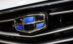 """""""Horse Ride"""" : Geely will build 5,000 stations for quick battery replacement"""