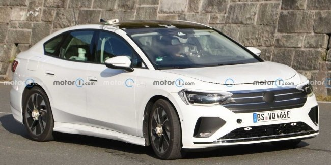 First photos of the successor to the VW Passat