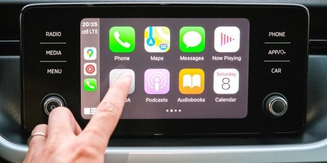 Apple will teach the iPhone to control some functions of the car