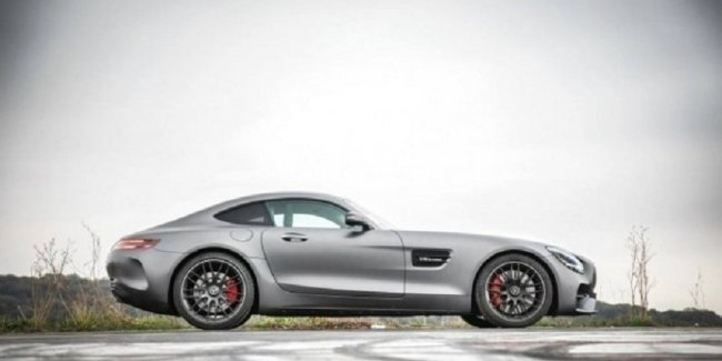 Production of the Mercedes-AMG GT Coupe and Roadster will cease at the end of 2021