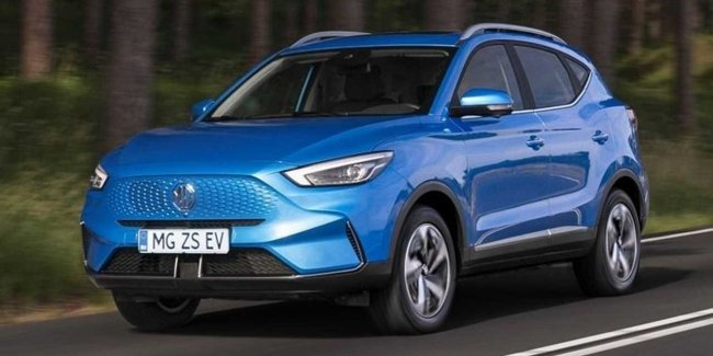 Electric crossover MG ZS updated